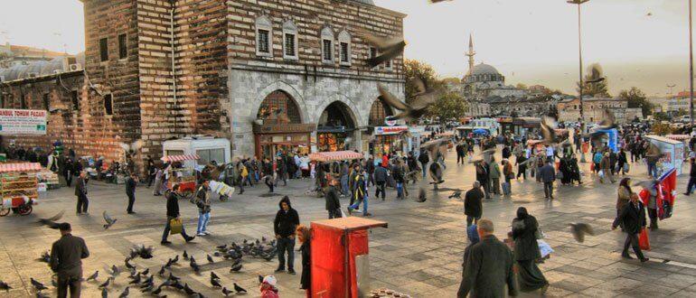 Mısır Çarşısı çalışma ve ziyaret saatleri